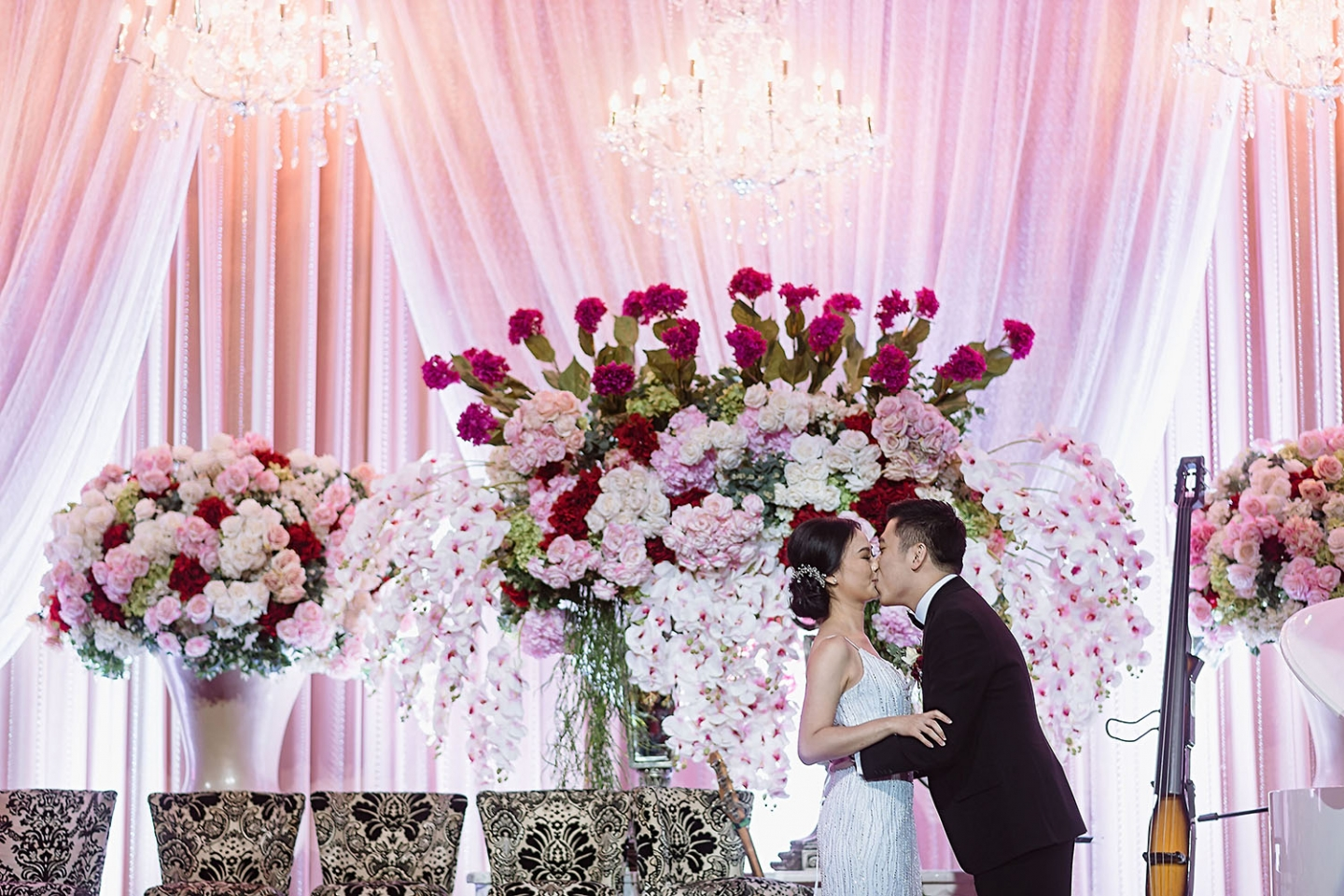 Grand aston wedding photography sheerss modern medan surabaya united junglespirit Images